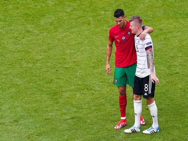 Chuyển nhượng 31/7: Juventus bất ngờ hỏi mua Toni Kroos của Real